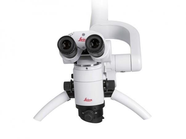 Leica M320